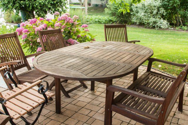 Jak dobrać odpowiedni komplet wypoczynkowy do twojego ogrodu?
